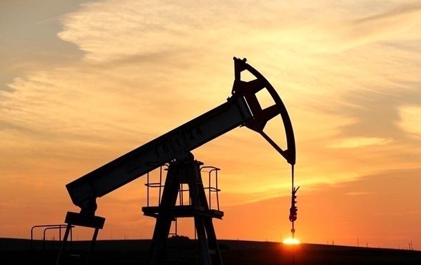 МЭА понизило прогноз роста спроса на нефть