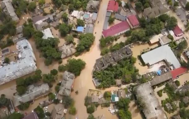 На видео показали последствия паводков в Крыму